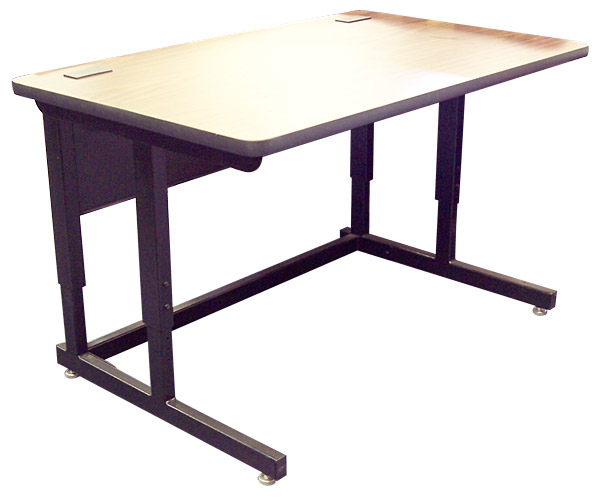 2900 Computer Table